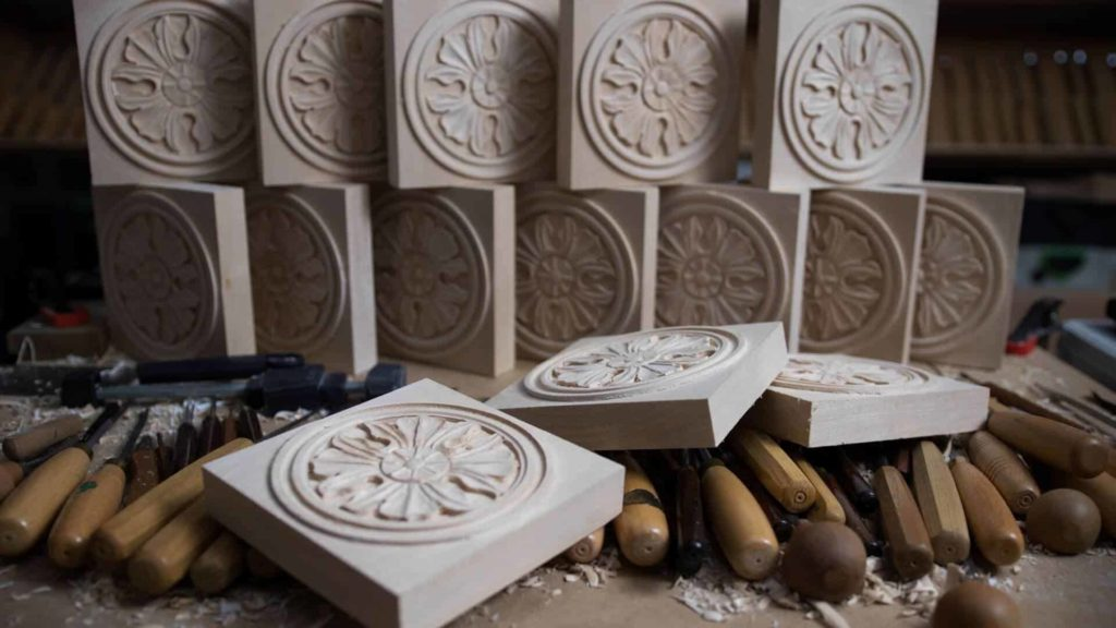School of woodcarving | Learn to carve Antique Style Rosette Inline Video Workshop with Woodcarver Alexander Grabovetskiy https://schoolofwoodcarving.com #woodworking # woodcarving #woodworkers #woodcarvers @woodworking @woodcarving