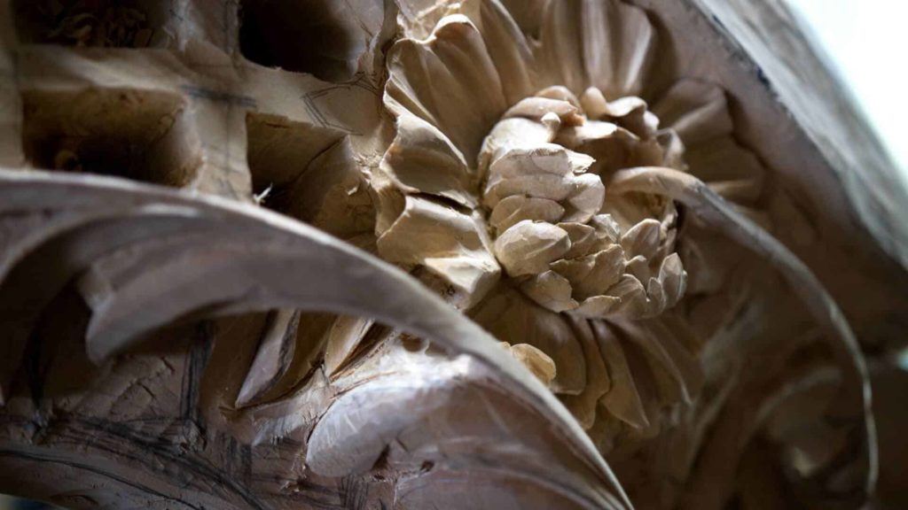 School of Woodcarving- Carving Grinling Gibbons Style with Woodcarver Alexander Grabovetskiy #woodcarving #woodworking | WOODCARVING SCHOOL @Grabovetskiy