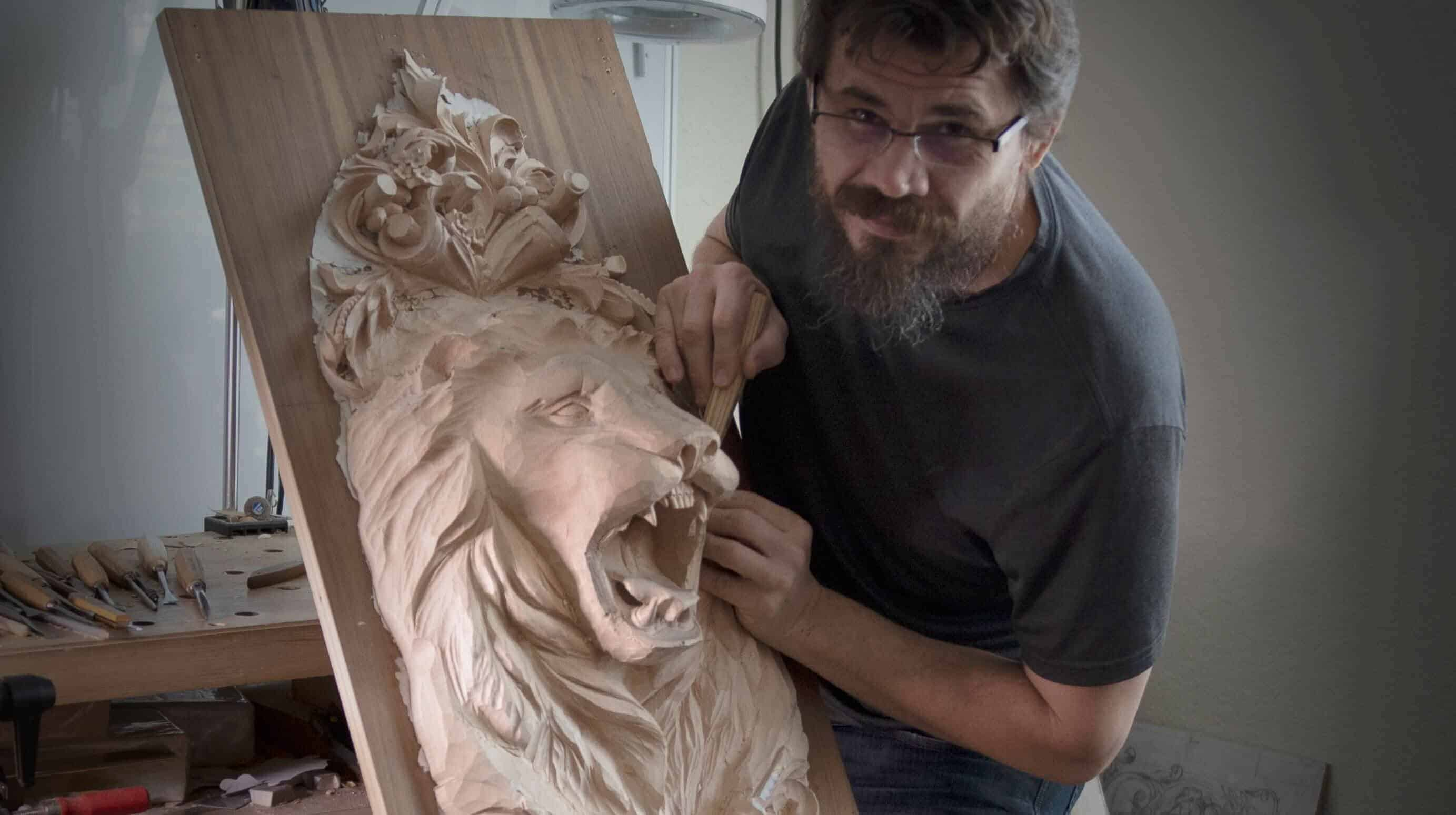 Learn how to cave Lion Head in Wood. Wood Carving Scholl